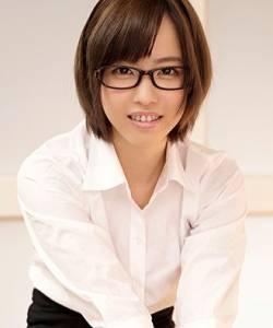 Emi Hinata