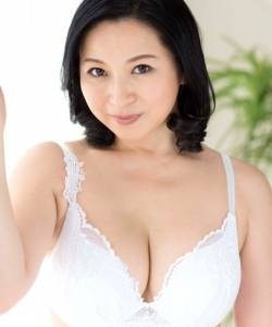 Saya Minami