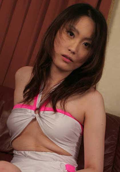 Akane Momohara