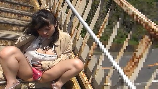 Watch Japanese Porn – Honey pleasures her horny self with ibrator ...