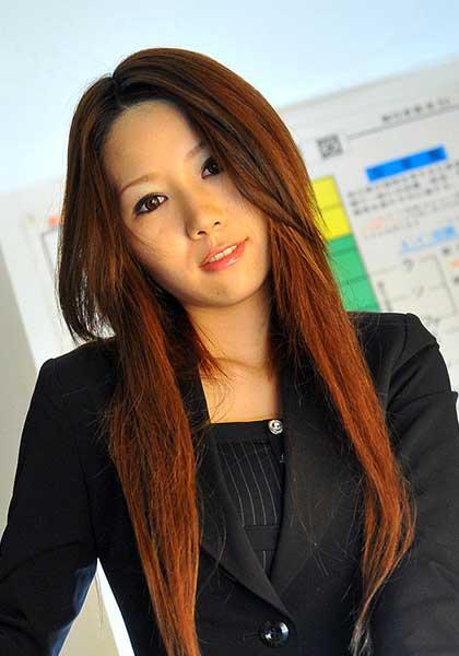 Shion Takeuchi