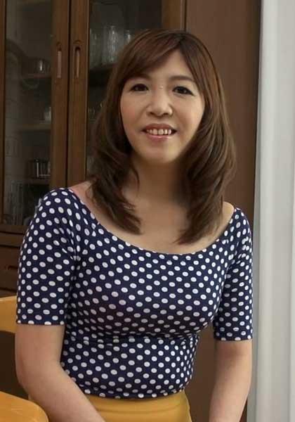 Akari Itano