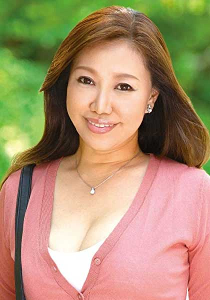 Hitomi Fujisaki