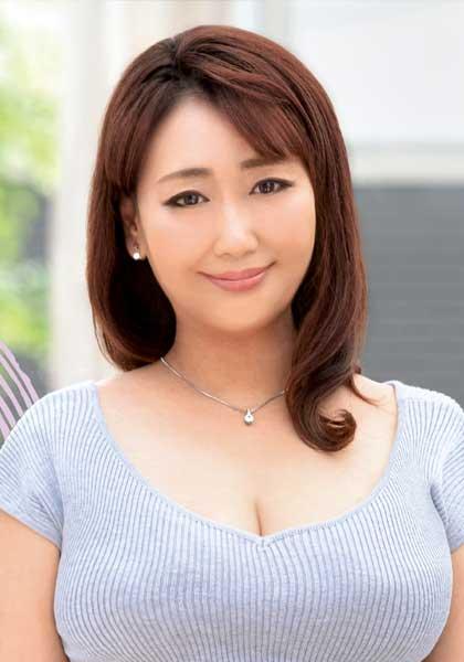 Risako Nishiuchi